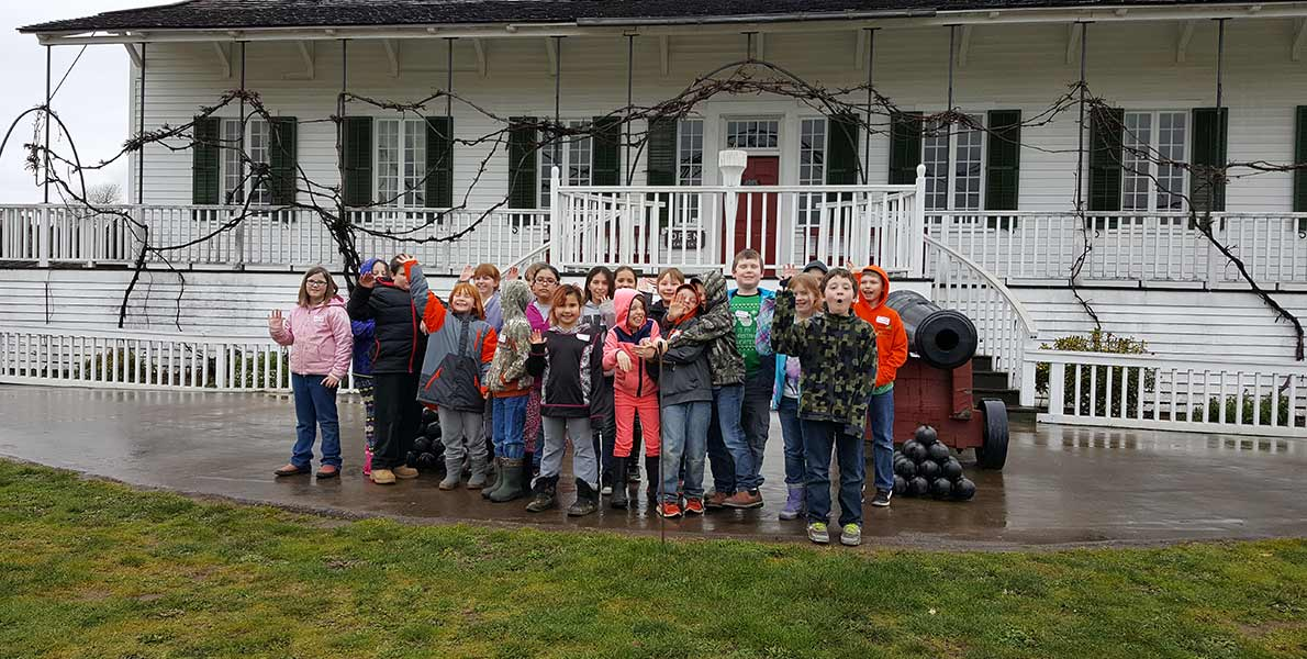 Fourth Grade Students on Field Trip